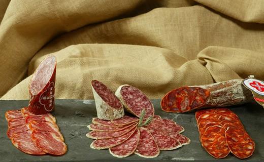 Chorizo der Bellota - geschnitten - Beher