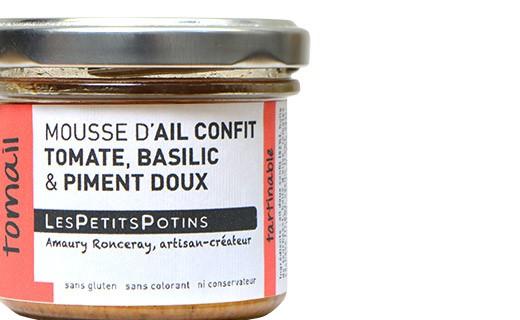 Mousse aus Knoblauchconfit mit Tomaten und Basilikum - Les Petits Potins